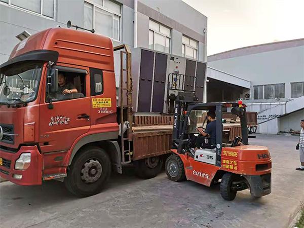 设备装货运输图(1)